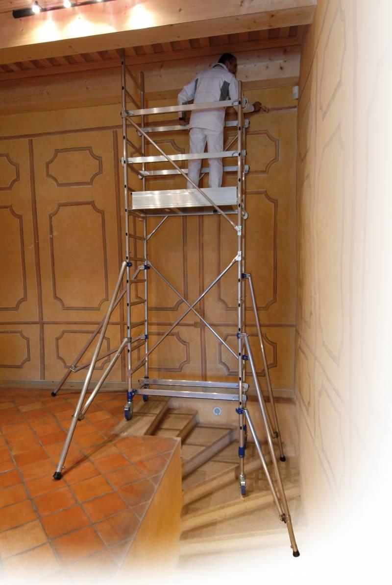 Echafaudage insider 120 color roulant tubesca comabi - Location echafaudage escalier ...