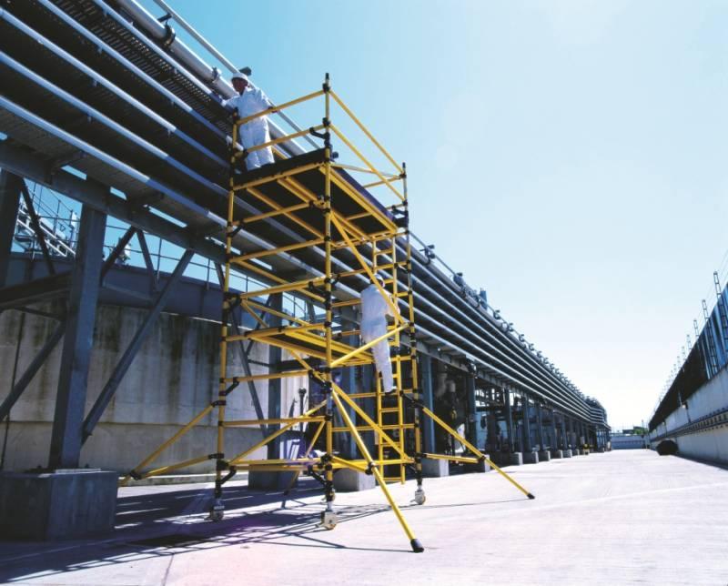 ECHAFAUDAGE ROULANT FIBRE BOSS ZONE ONE YOUNGMAN 0.85 X 2.50 jusqu'à 6.70m plancher