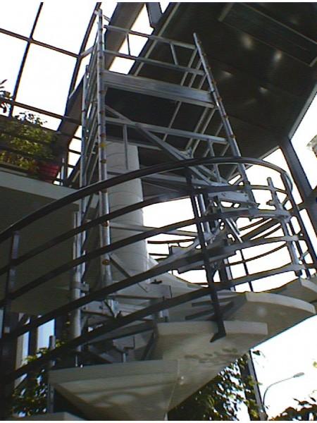 echafaudage escalutop ultralu special escalier tournant en aluminium spe. Black Bedroom Furniture Sets. Home Design Ideas